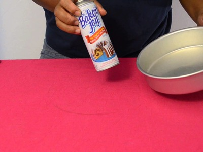 How To Line A Cake Pan With Parchment Paper