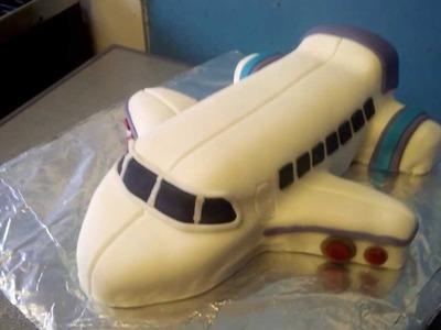 How To Make an Aeroplane Cake