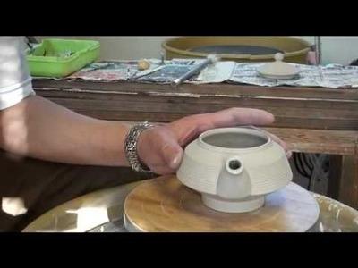 92. Throwing. Making a Flat Porcelain Teapot #3 with Hsin-Chuen Lin