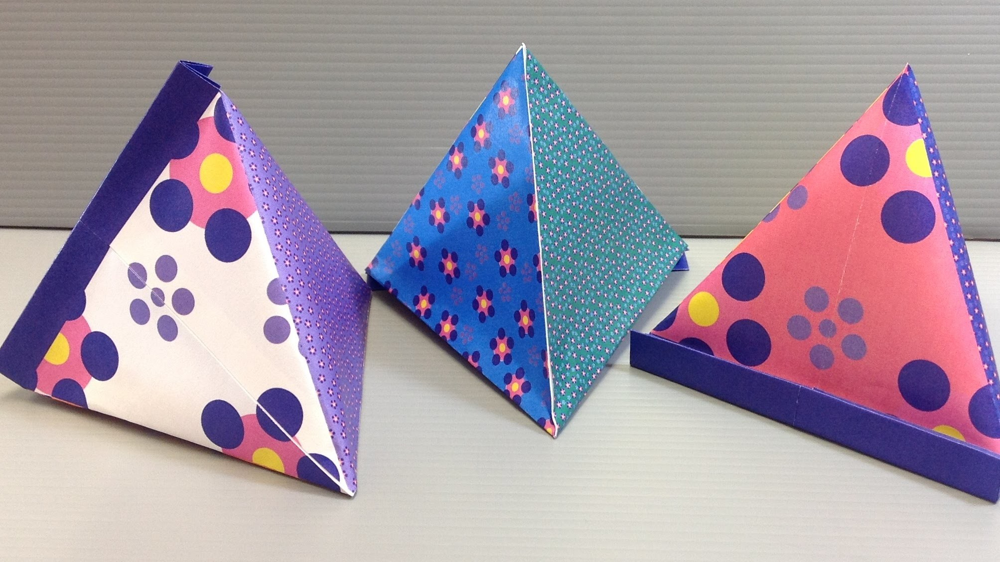 Origami Flower Pattern Pyramid Container - Print at Home - photo#18