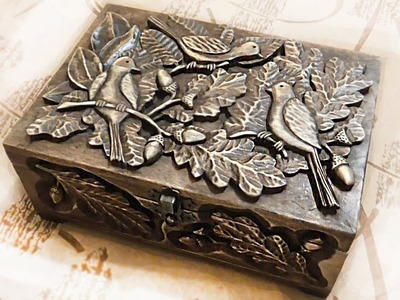 Wood carving | Large carved casket with birds in the trees | handmade | Holzschnitzen