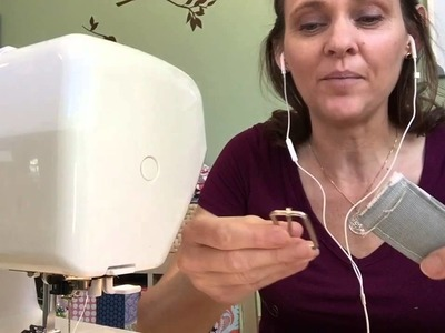 How to create an adjustable removable messenger bag strap by Andrea @Sewspire