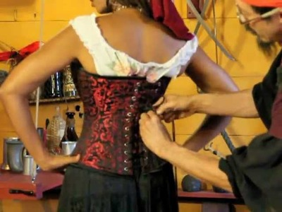 How to Tie a Pirate Wench Corset