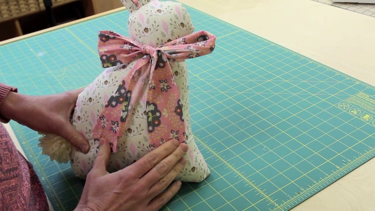 How to tie bow on Modern Folksy Bunny 1