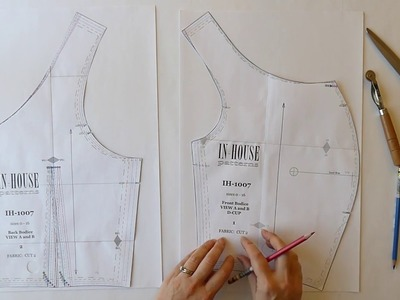 Shoulder Width Adjustment for a Garment with Straps