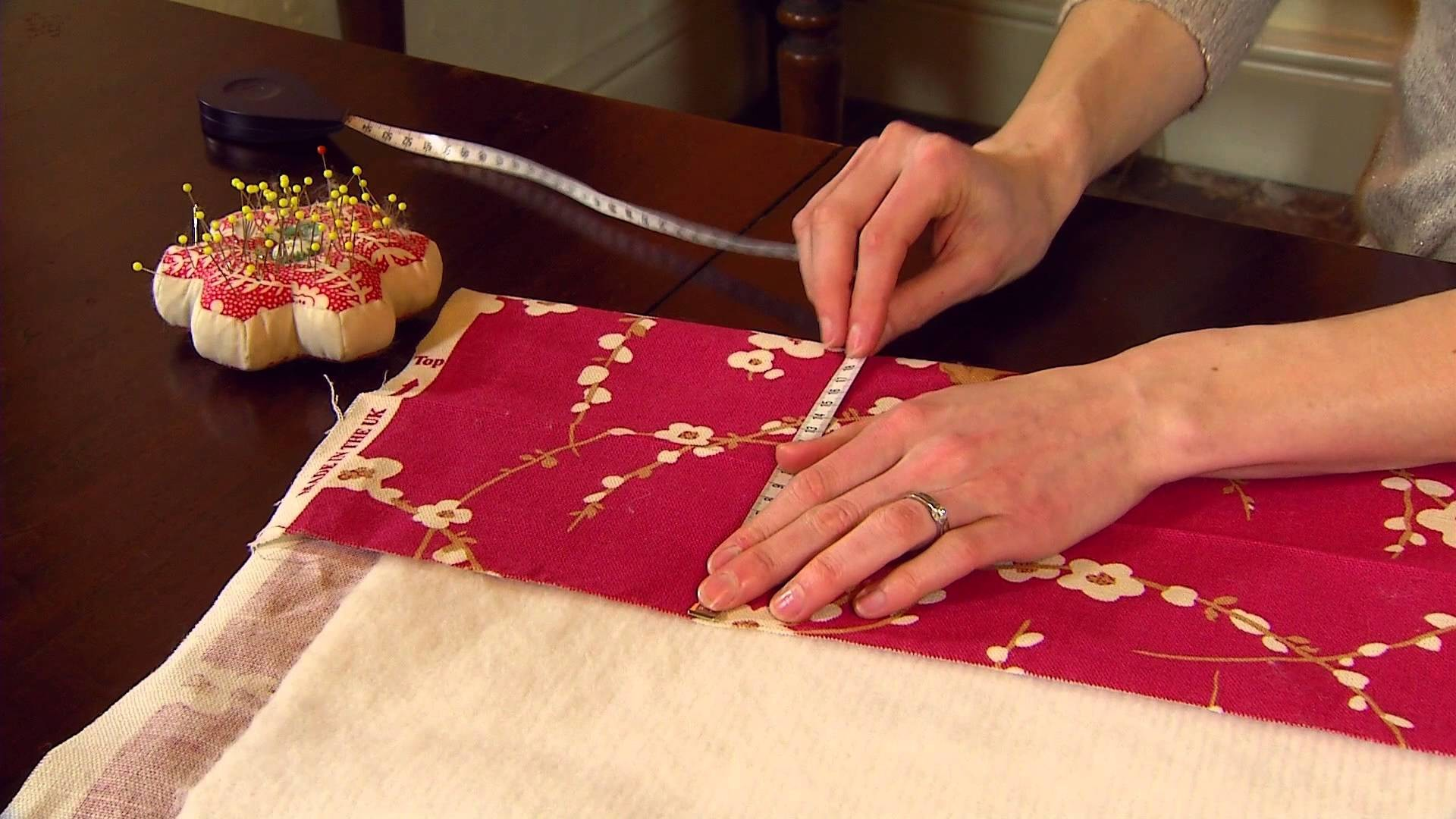 How to Make Thermally Lined Curtains - Part 3 of 5 - National Trust
