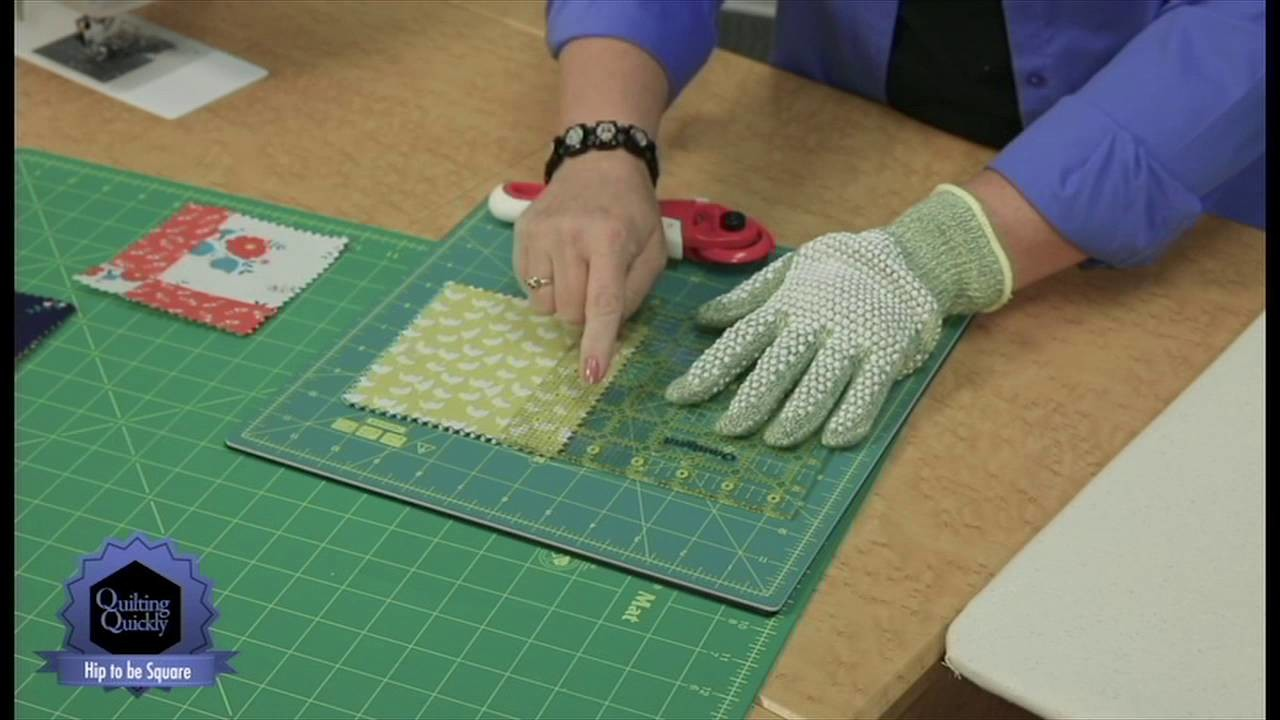 Quilting Quickly: Hip To Be Square -- Adorable Table Runner Quilt Pattern