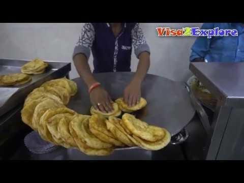 Street food in Paharganj, Delhi | Bhature, chur chur Naan, Gila Kulcha