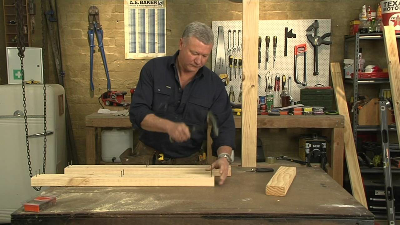 Mitre 10: How to build a stud wall presented by Scott Cam