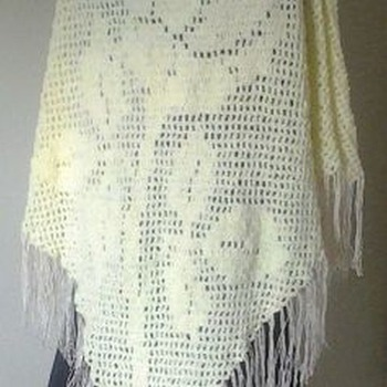 Rose Shawl Filet Crochet
