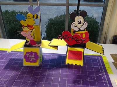 Create your own box card in Design Space: Pooh and Friends