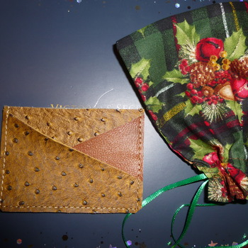 Leather wallet  in Christmas Gift Bags