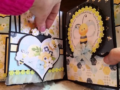 *SOLD* BEE-lightful Mini Album for Nit Wit Collections