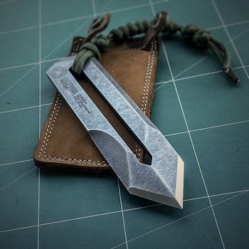 "A handmade kiridashi for both hands ""the Interceptor"""