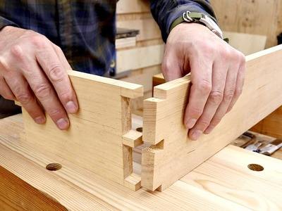 Hand Cutting Dovetails Using Cheap Tools