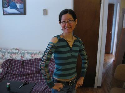 How to Cut a Long Sleeve T-Shirt