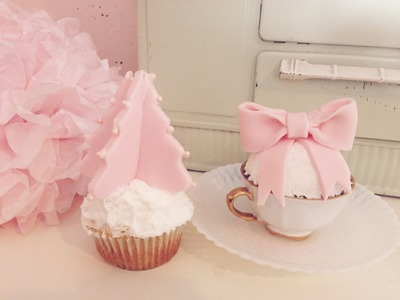 EASY Christmas Cupcakes! Girly Cupcakes! Christmas Tree Cupcake!
