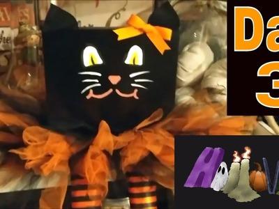 HalloWEEK Day 3 ???? Halloween DIY Cat Shelf Sitter!