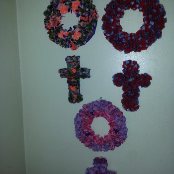 Cross & Wreath Sets