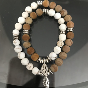 Beautiful bracelet of Magnesite and Petrified Wood Jasper