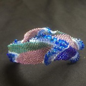 Square-shaped Bangle Beaded Bracelet