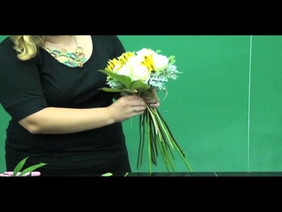 Floral Design: Making a Simple Hand-tied Bouquet