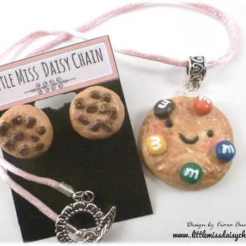 Kawai M&M Cookie Necklace and Earring Set