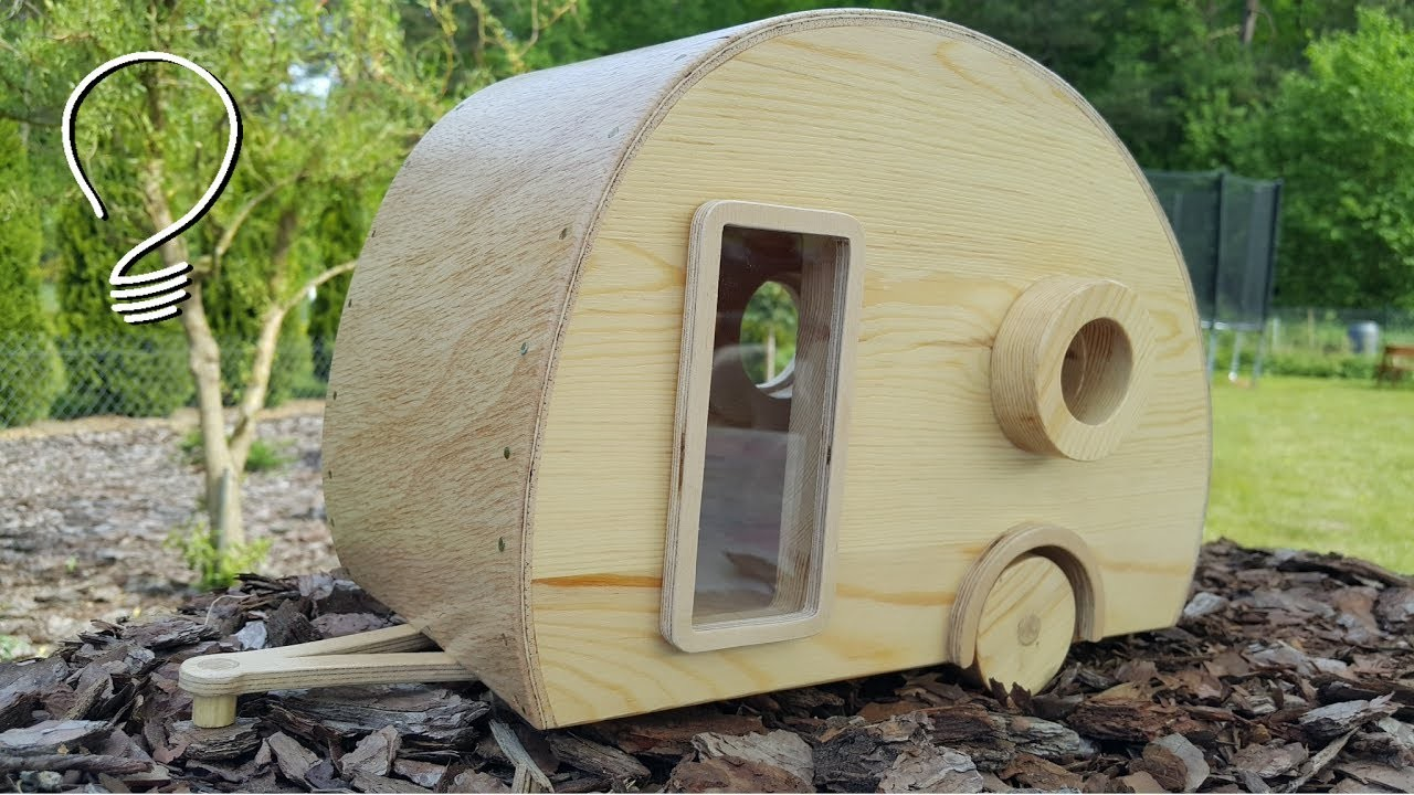 Caravan Bird House