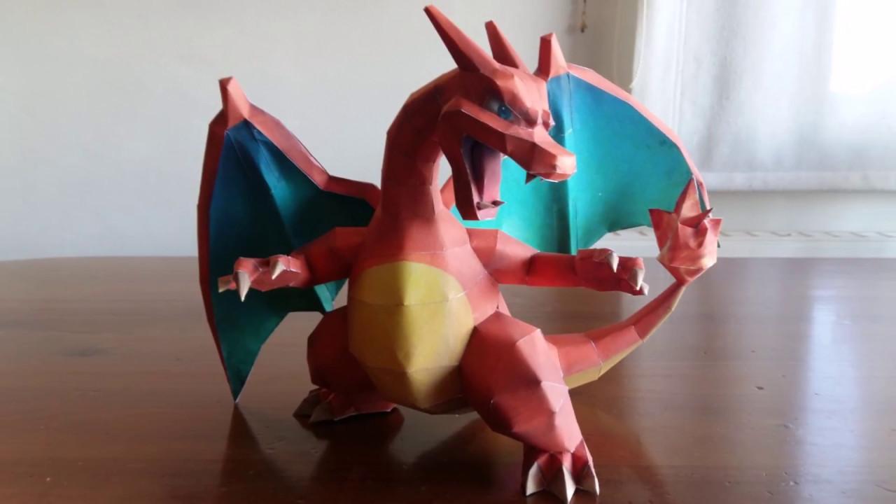 Papercraft Pokemon Charizard