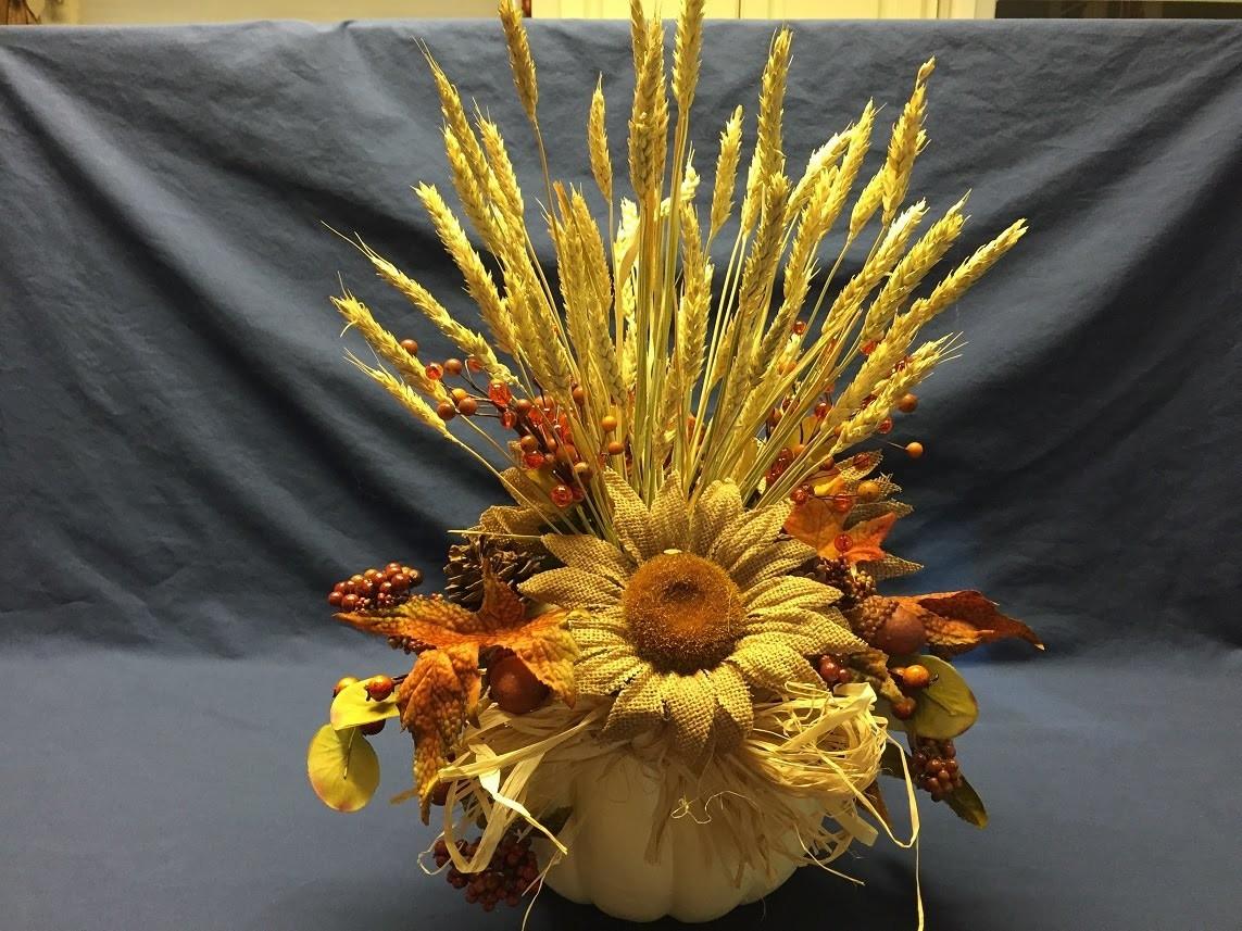 How to make a Pumpkin Floral Arrangement Tutorial