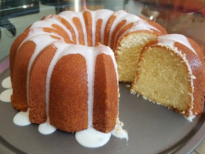 How to make a 7UP pound cake from scratch