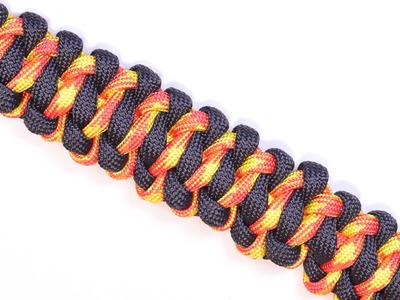 How to Make a Paracord Survival Bracelet - The Surreal Soloman - BoredParacord