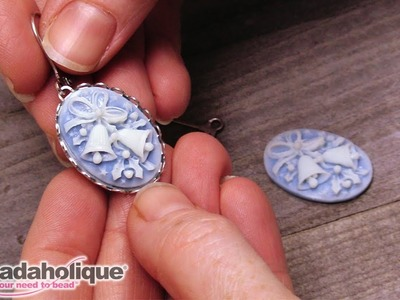 Quick & Easy DIY Jewelry: Holiday Bells Earrings