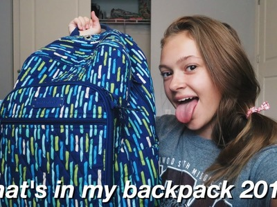 What's in my backpack 2017!!!