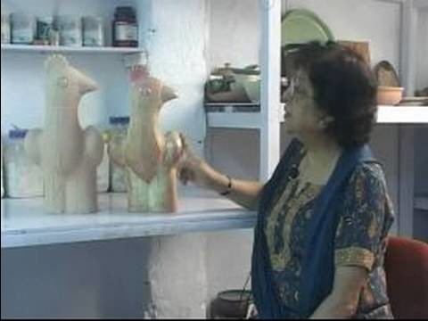 How to Make Clay Sculptures : Using On-Glaze Clay Glazing Methods