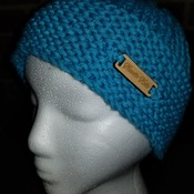 Incredibly soft textured hat in a lovely shade of teal