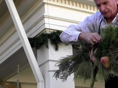"""""""Decorating with David"""" Grand Holiday Entrance"""