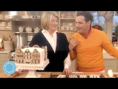 How to Make a Gingerbread-Town-Square Cake with Isaac Mizrahi