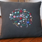 Pillow, Hand embroidered Coussin, cushions, Decorative pillow, Coussin brodé par la main, Home decoration