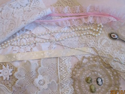 Stunning New Vintage Kit With Welsh Lace & Doilies & Dressform - jennings644