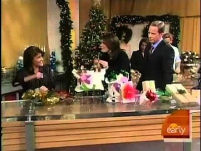 Create Beautiful Bows for Gift Wrapping with Sandy Sandler on The Early Show