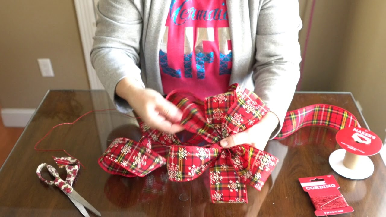 How To Tie A Christmas Bow.How To Make A Christmas Bow Diy Christmas Bow Ribbon Bow