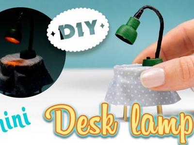 Mini Desk Lamp | How to Make a Miniature Light Lamp with Headphones| Dollhouse Diy