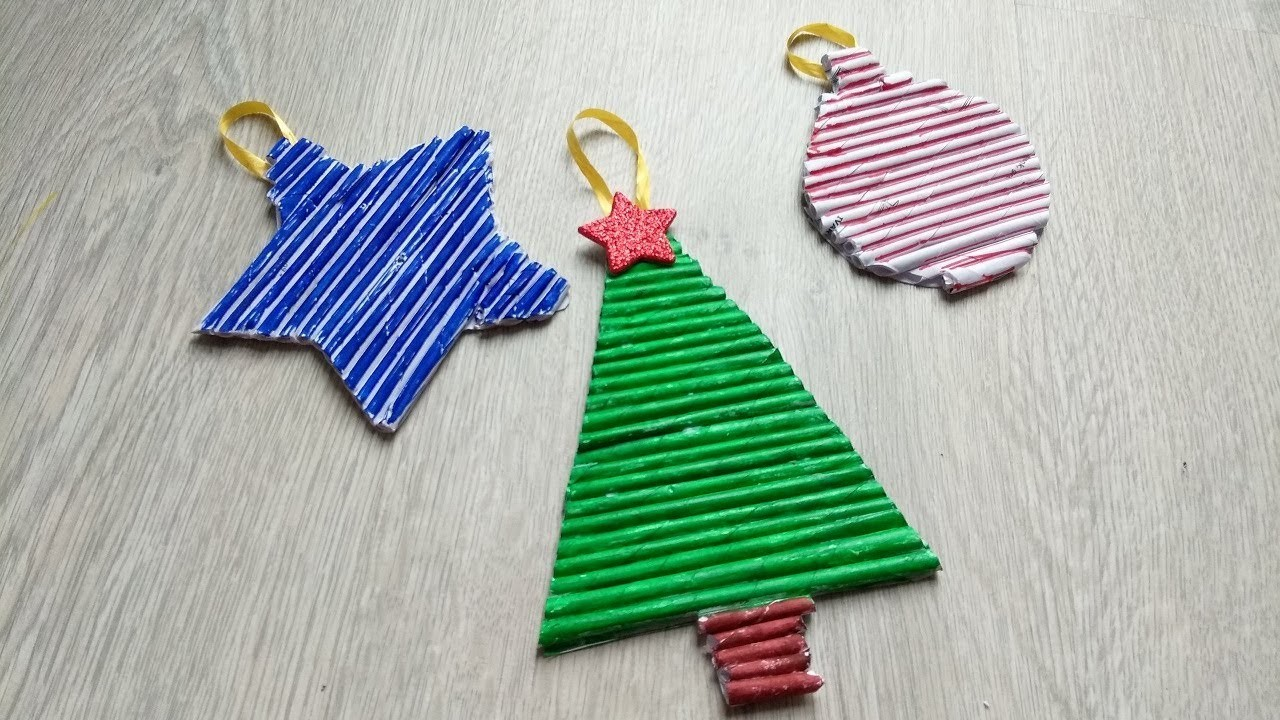 DIY christams ornaments with Newspaper  Christmas tree door hanging   best out of waste ideas paper