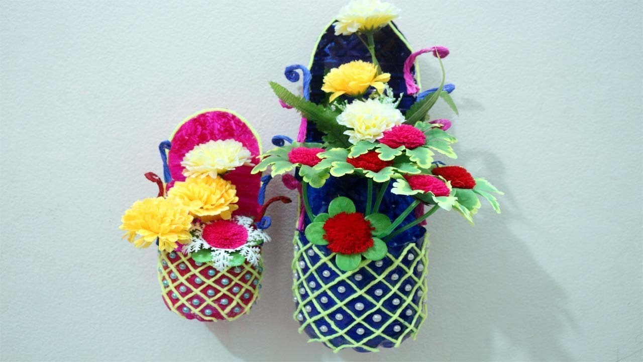 https://cdn.mycrafts.com/i/1/9/35/diy-flower-vase-from-plastic-kJgr-o.jpg