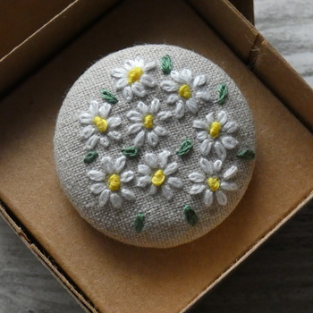 Hand Embroidered Daisies Brooch
