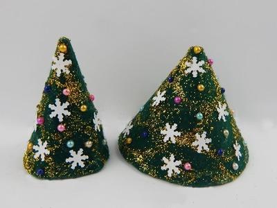 Table decoration Xmas trees DIY papercraft deco Christmas tree