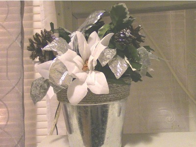 Dollar Tree DIY. DIY Easy Christmas Floral Centerpiece