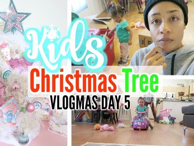KIDS ROOM CHRISTMAS TREE DECORATING! VLOGMAS DAY 5