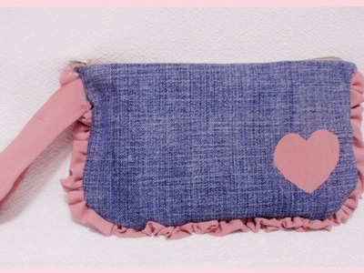 DIY Simple & Easy Wristlet Pouch from Old Clothes